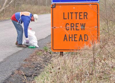 Litter crew ahead sign